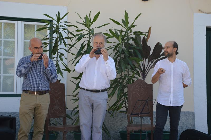 Dignificou esta cerimónia o momento musical com Joaquim António (Quitó), Pedro Caldeira Cabral e Orlando Trindade