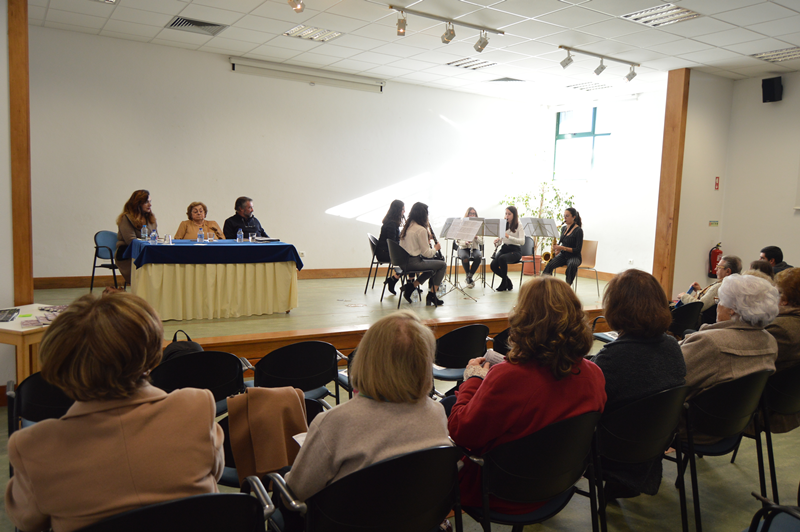"""A sessão, organizada pela Comunidade de Leitores e Cinéfilos das Caldas da Rainha, contou com o """"Sexteto 5+1"""" de A-dos-Francos"""