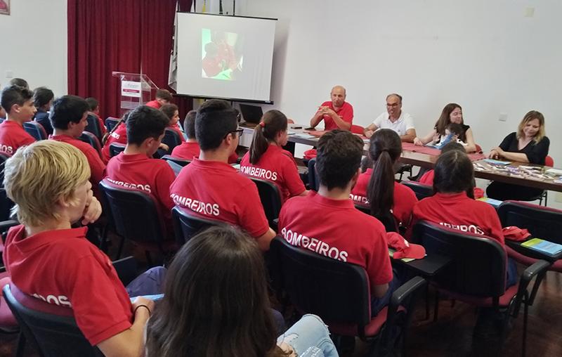 Apresentação da obra no quartel dos bombeiros de Óbidos