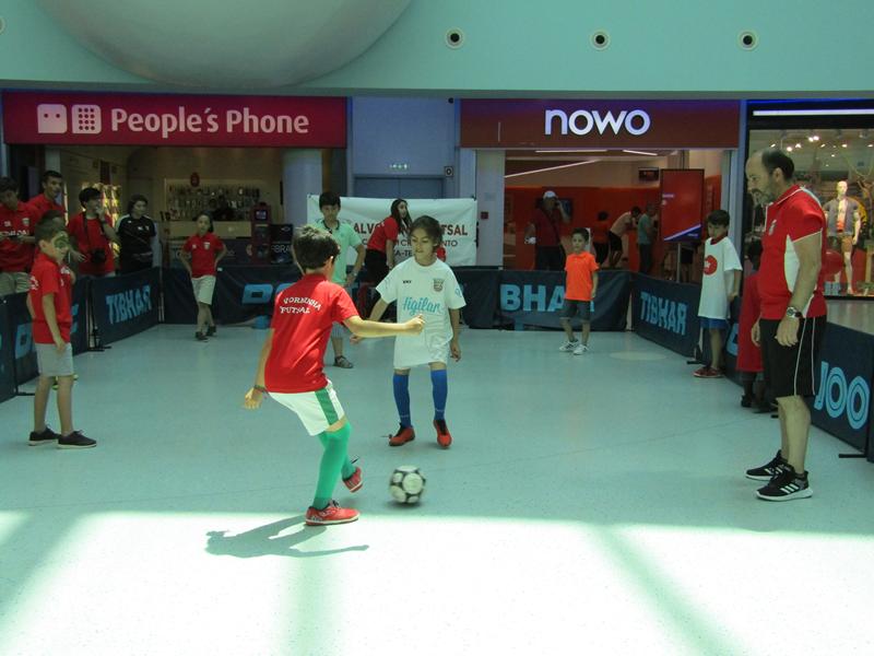 Demonstração no centro comercial