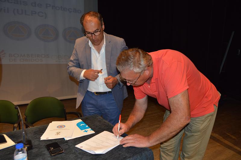 Assinatura dos protocolos entre a Comissão Municipal de Proteção Civil e os presidentes das Juntas