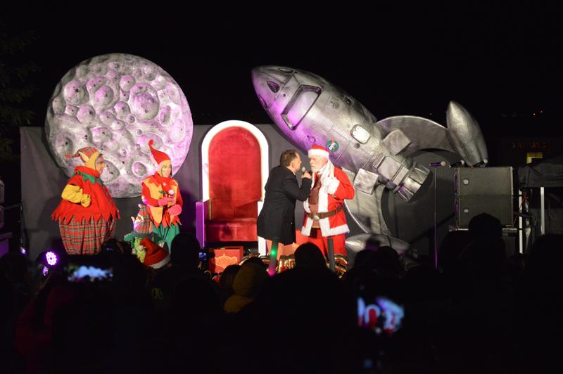 O Pai Natal e seus ajudantes animaram os mais pequenos
