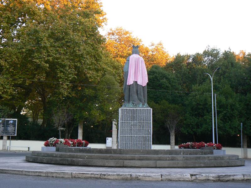 Rainha com manta cor de rosa (foto Rui Miguel)