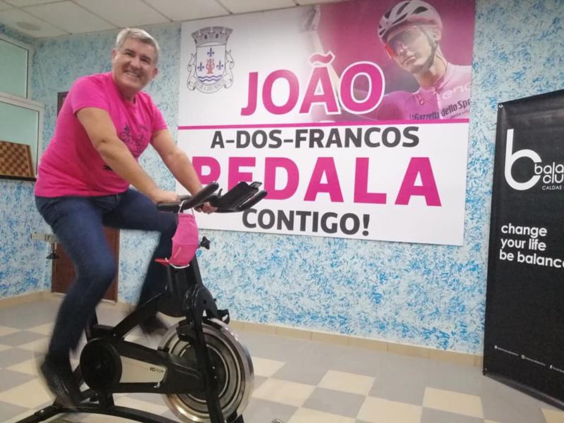 Bicicleta estática em A-dos-Francos para se pedalar na altura das etapas