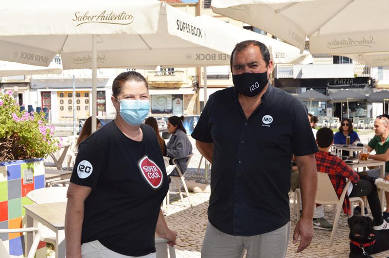 Paulo Mendes e Edite Mendes, proprietários do café Bar 120