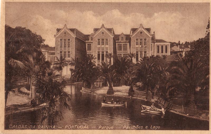 Caldas da Rainha – Lago e Pavilhões do Parque D. Carlos I, 1931, reprodução de postal da coleção de Jorge Mangorrinha (furtada em 2015)