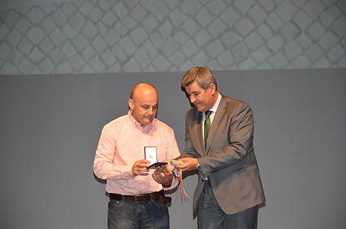 José António Mota Arroteia - medalha  municipal de mérito comercial e industrial