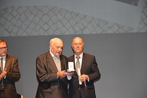 Henrique Duarte - Medalha Municipal  de Mérito Cívico