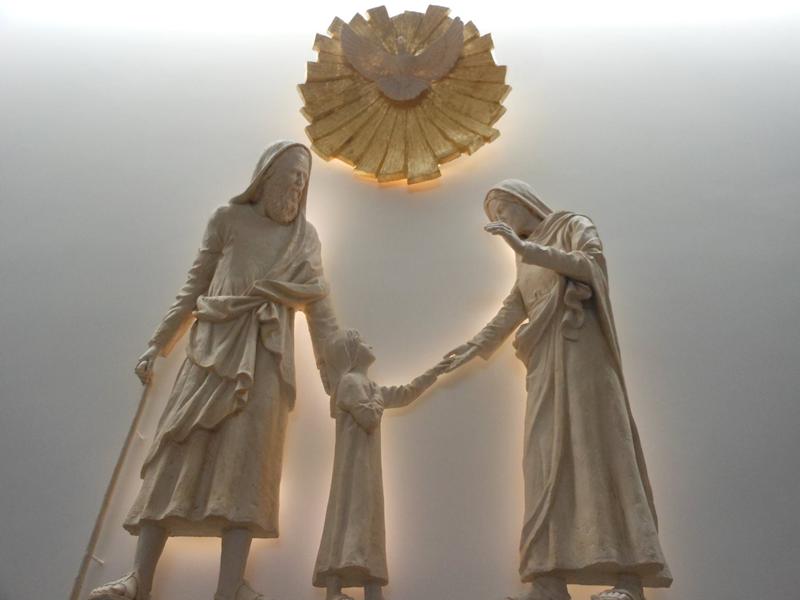Joaquim e Ana (pais de Nossa Senhora) com Nossa Senhora