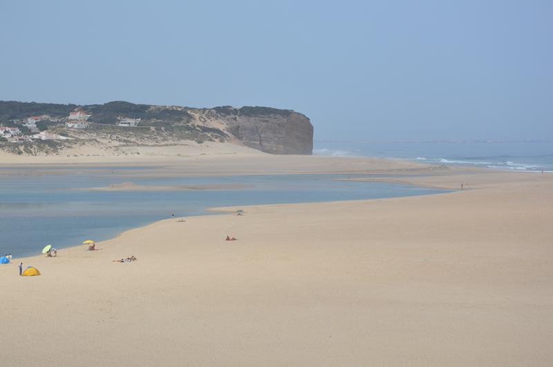 Dois banhistas foram resgatados na área da praia da Foz