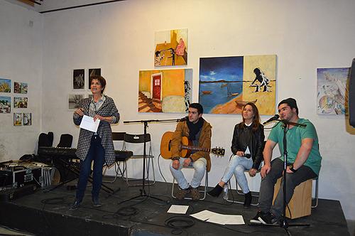 """Ana Calçada e a banda """"No Name"""" na inauguração da exposição"""