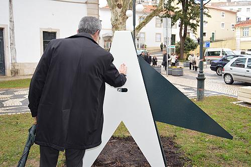 Tinta Ferreira experimentou uma das peças durante a visita guiada
